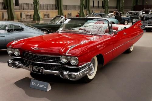 small resolution of 110 ans de l automobile au grand palais cadillac series 62 coupe deville