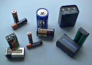 File:Batteries.jpg
