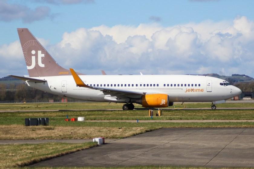 Bildresultat för jet time boeing 737-700