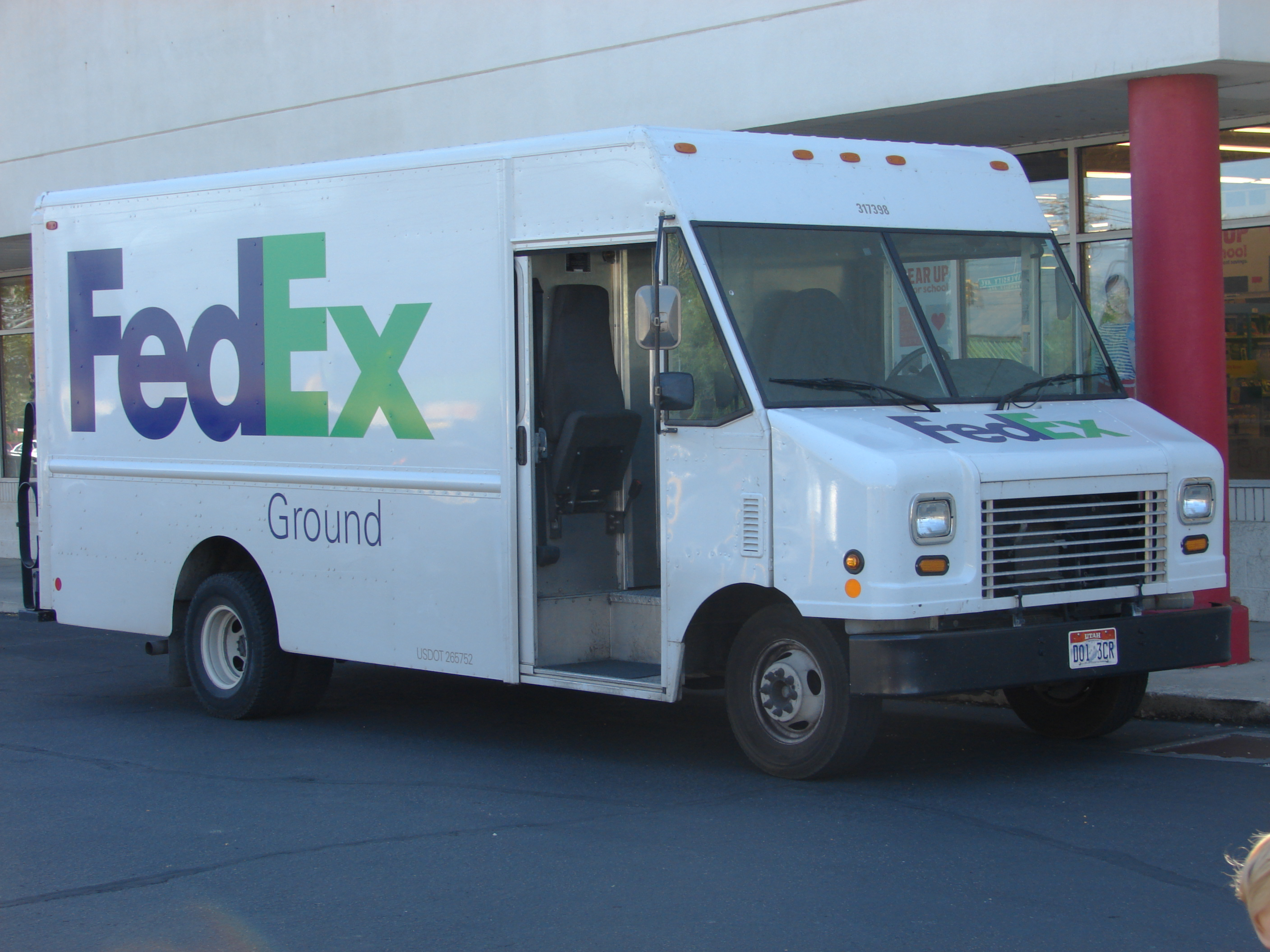 100  fedex ground fedex  fedex ground shipping and