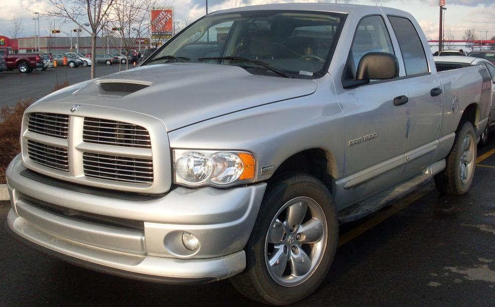 medium resolution of file 02 05 dodge ram daytona crew cab