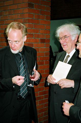 File:Antoni Milosz & Seamus Heaney 2004.jpg