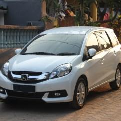 Grand New Veloz Vs Mobilio Rs Cvt Avanza Warna Putih Honda Wikipedia E Front View June 2 2015 Jpg