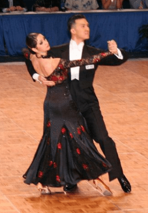 English: Victor Fung and Anna Mikhed dancing a...