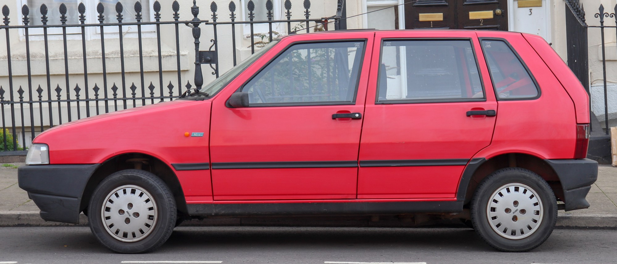 hight resolution of file 1992 fiat uno ie 1 0 side jpg