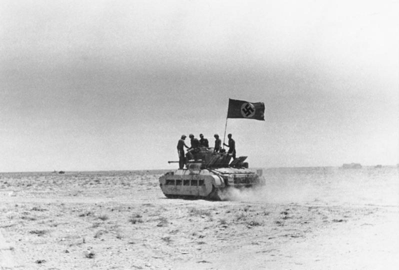 File:Bundesarchiv Bild 146-1971-044-66, Afrika-Feldzug, erbeuteter Panzer.jpg