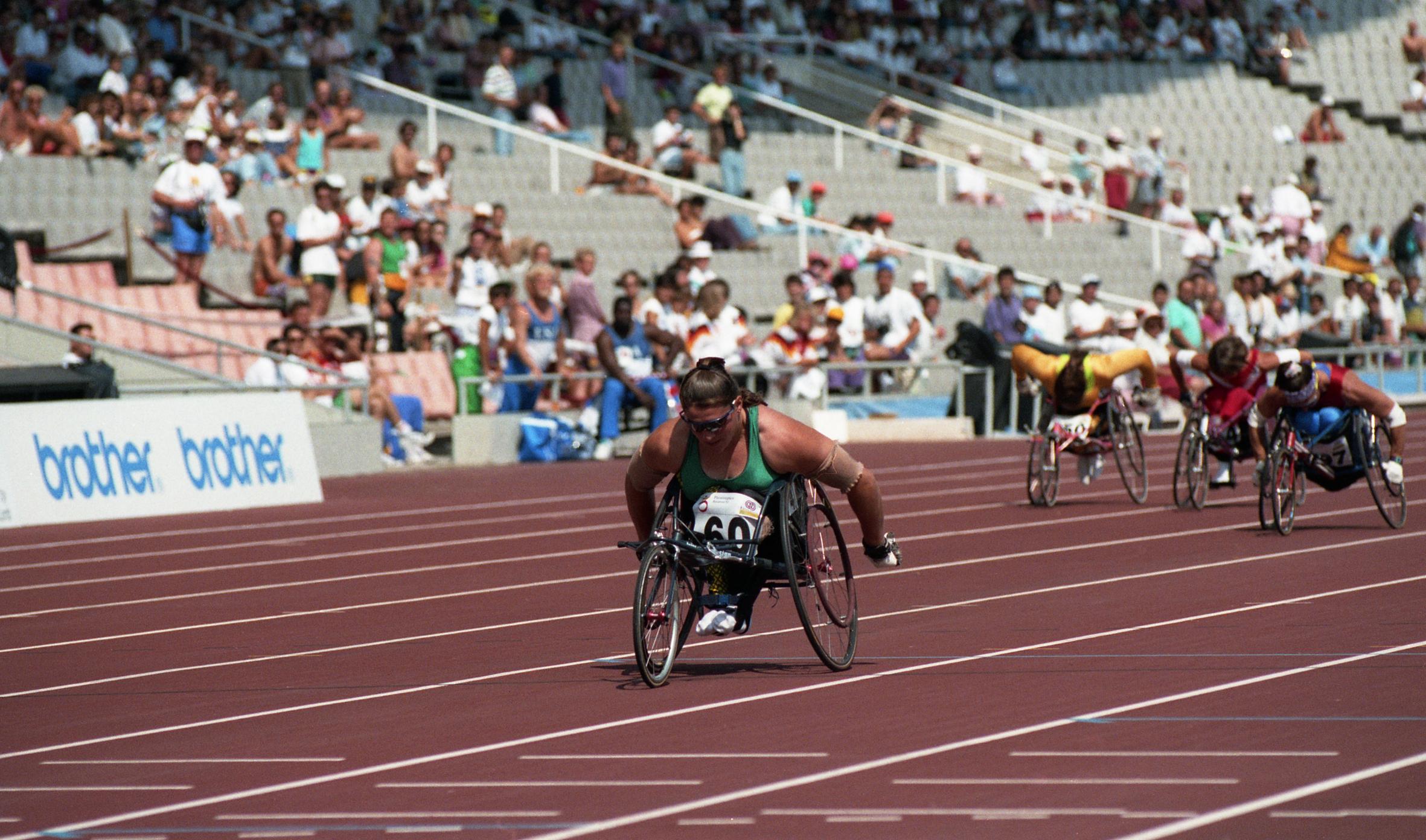 wheelchair used hampton bay swivel patio chairs file:louise sauvage, race, 1992 paralympics.jpg - wikimedia commons
