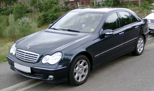 small resolution of file mercedes benz w203 front 20080825 jpg