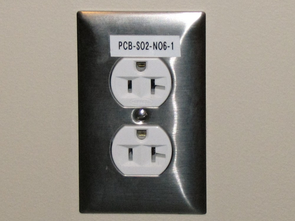 medium resolution of electrical outlet