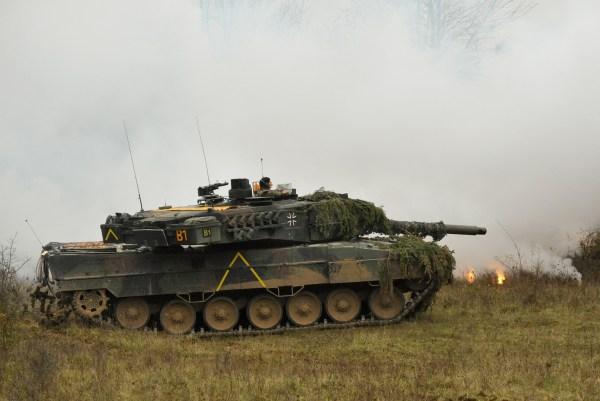 File German Army Leopard Ii Tank Pzbtl