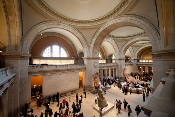 File Met - Great Hall Metropolitan Museum Of Art