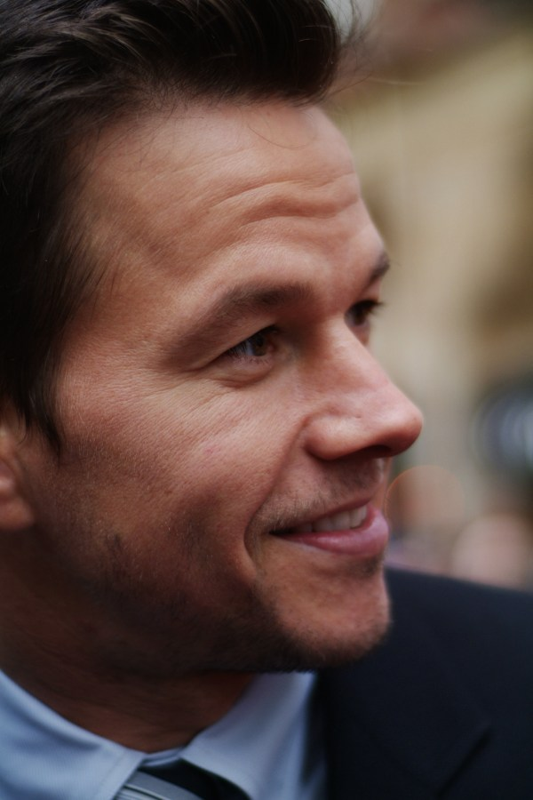 File Mark Wahlberg - Wikimedia Commons