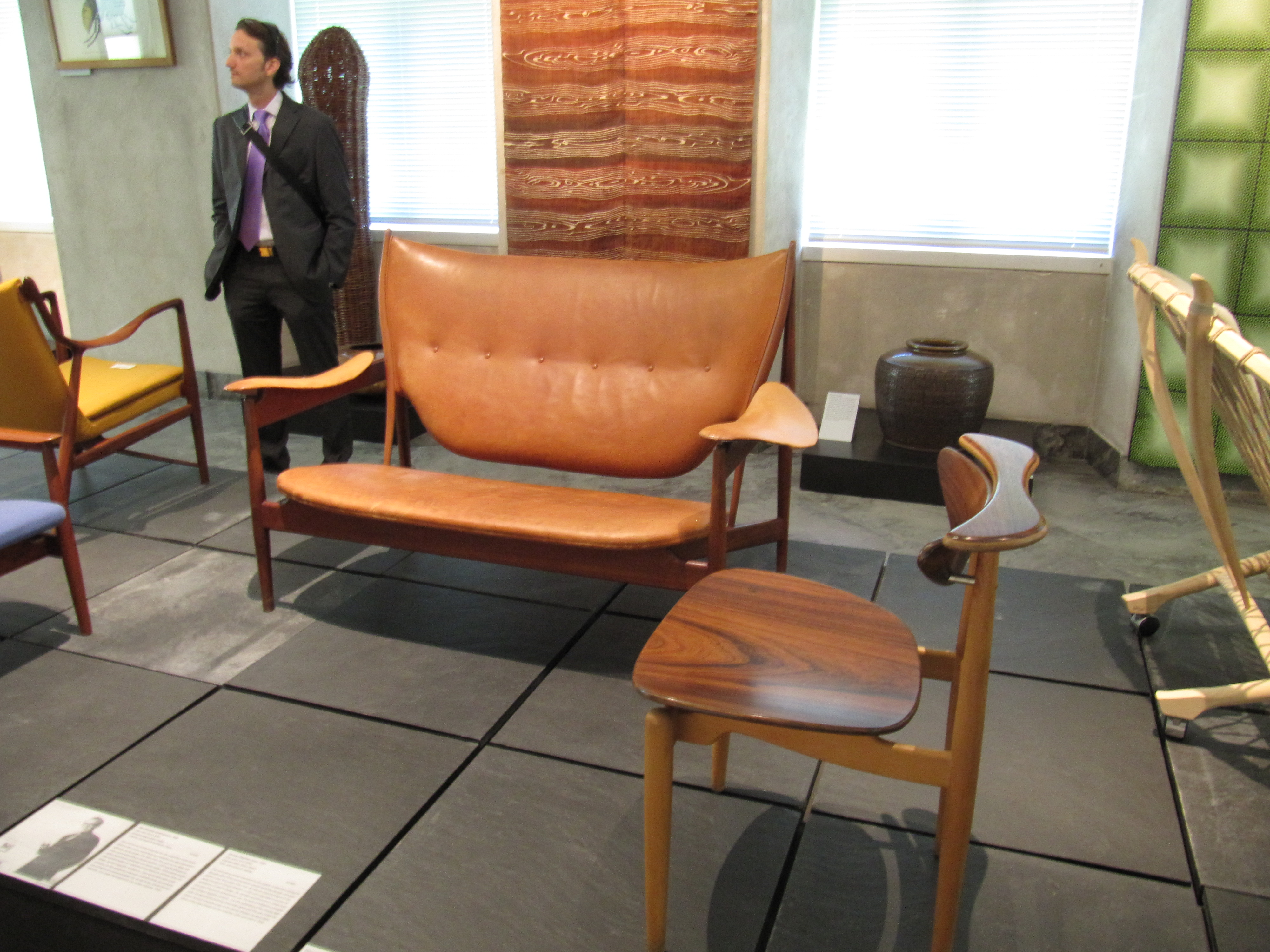 chair design museum soft toddler chairs file danmark finn juhl jpg wikimedia commons