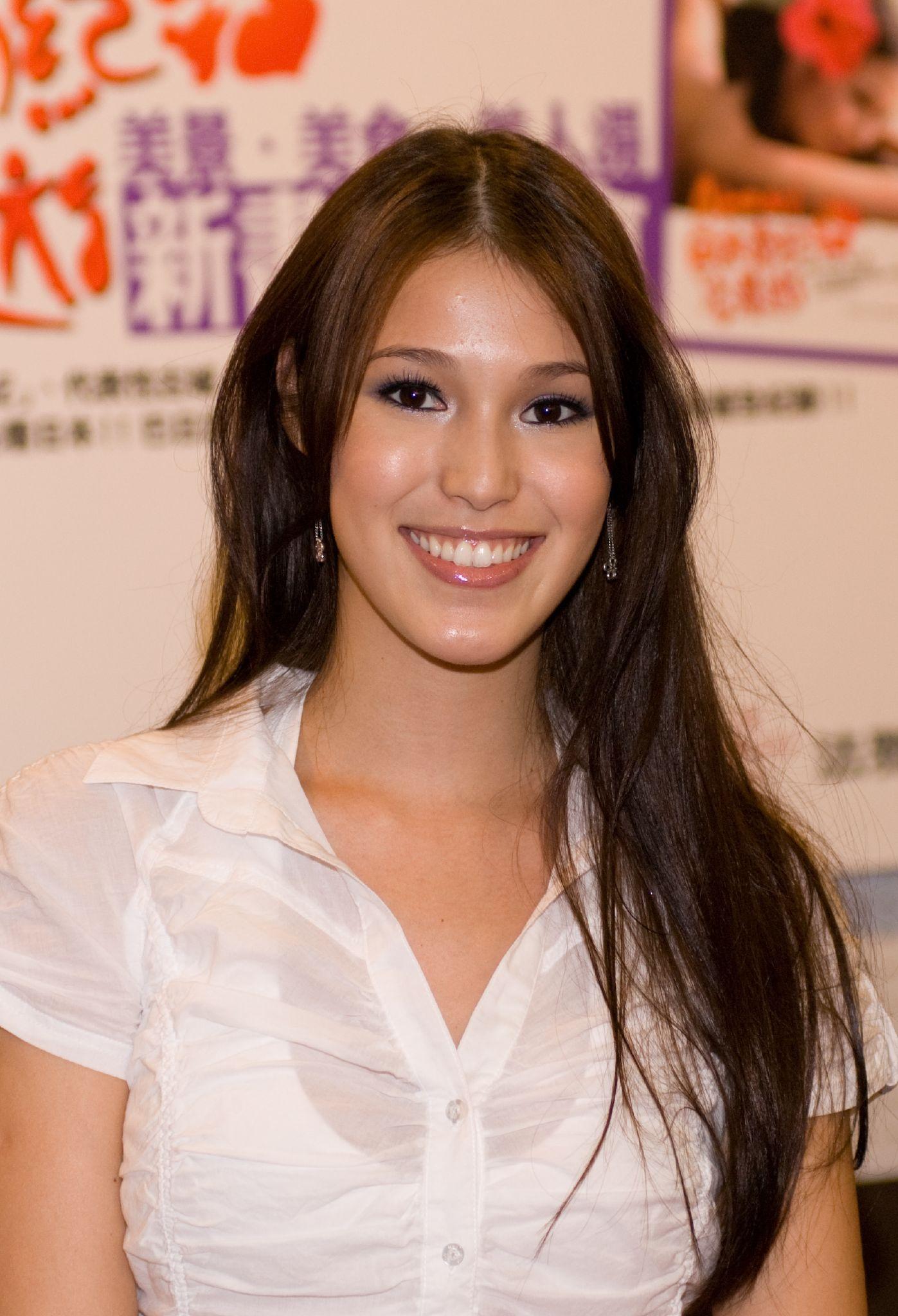 File:Akemi Barbara Katsuki at her new book presentation 20071117.jpg - 維基百科,自由的百科全書