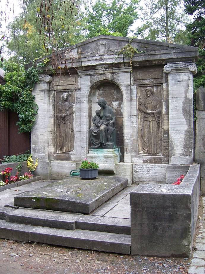 Karl August Lingners erstes Grab, Johannisfriedhof Dresden (2008)