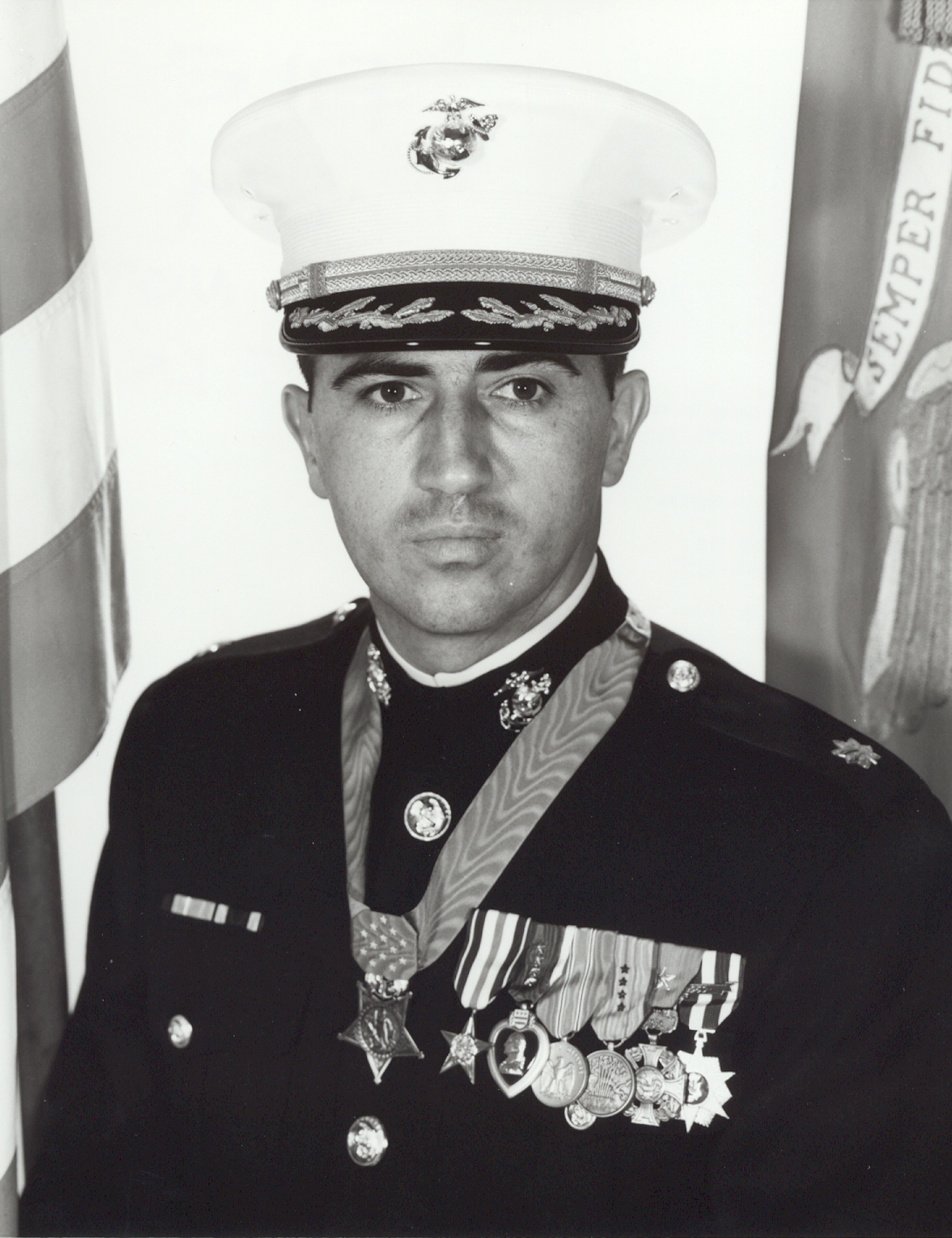 Jay R Vargas