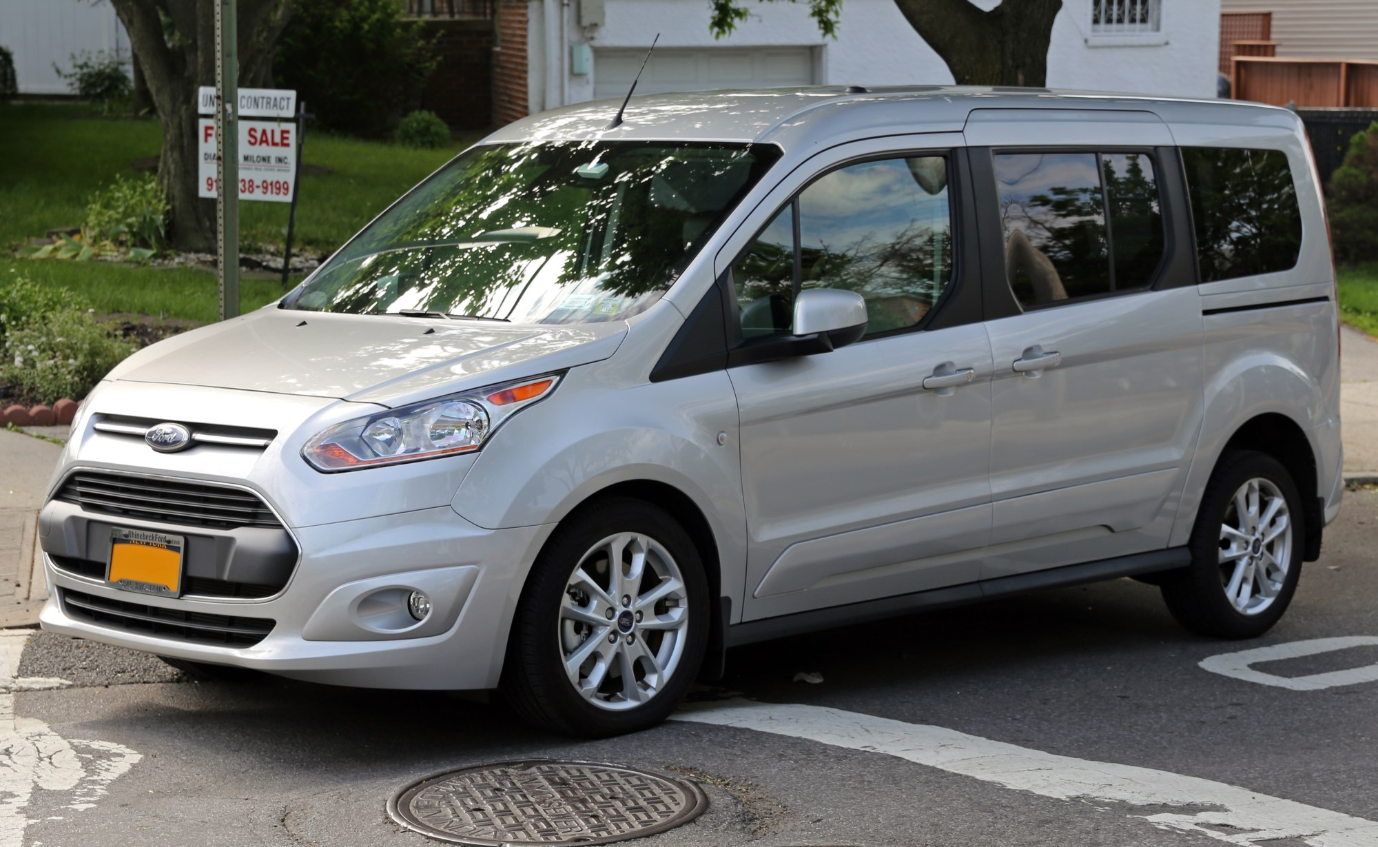 hight resolution of file 2014 ford transit connect wagon titanium lwb front left jpg