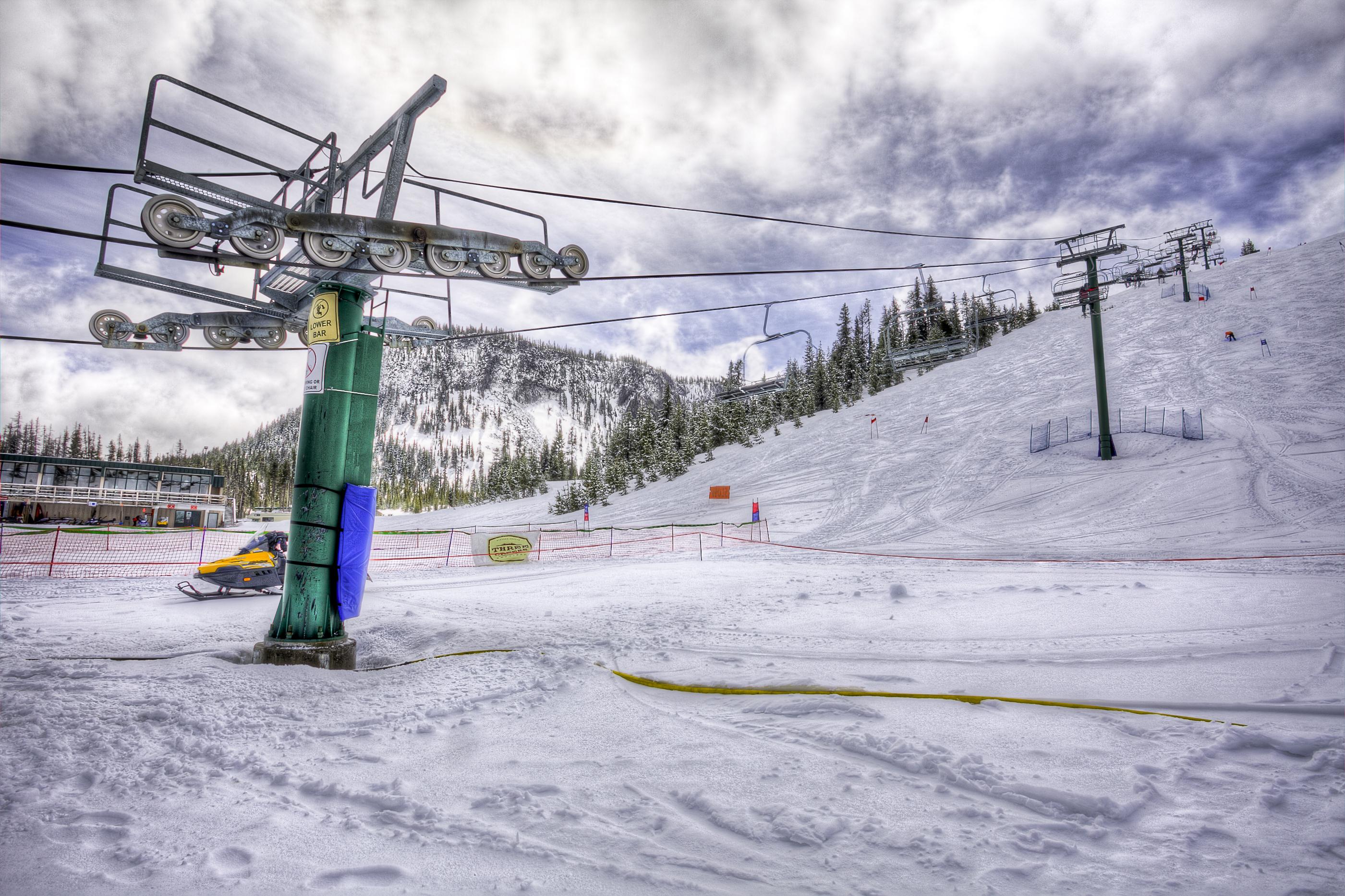 ski chair lift gci accessories file hoodoo area central oregon resort big green machine jpg