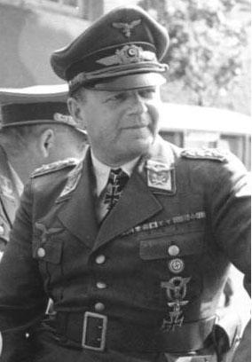 中文: 德國空軍元帥 埃爾哈德·米爾希單人照