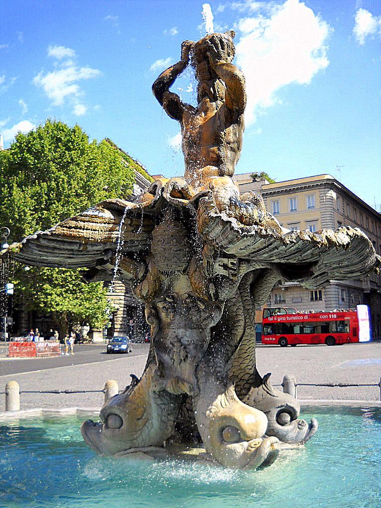 10 fontanas em Roma: Fontana del Tritone