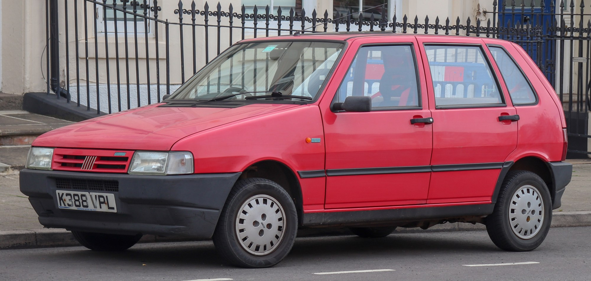 hight resolution of file 1992 fiat uno ie 1 0 front jpg
