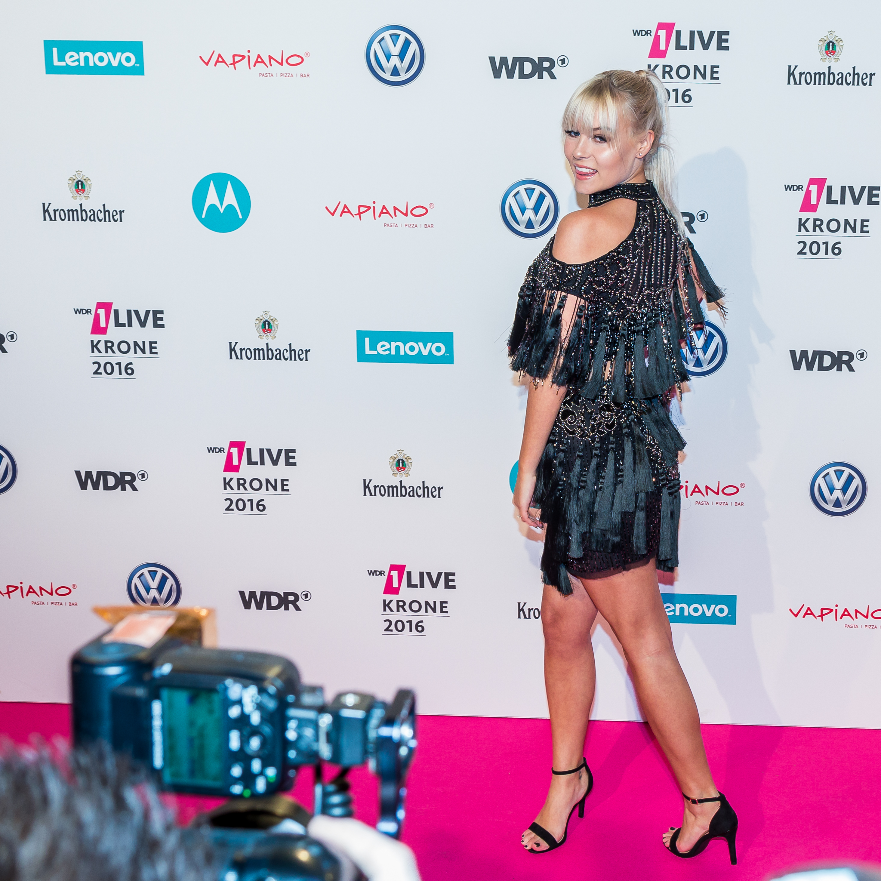 1 Live Krone 2015 Roter Teppich Dagi Bee Roter Teppich