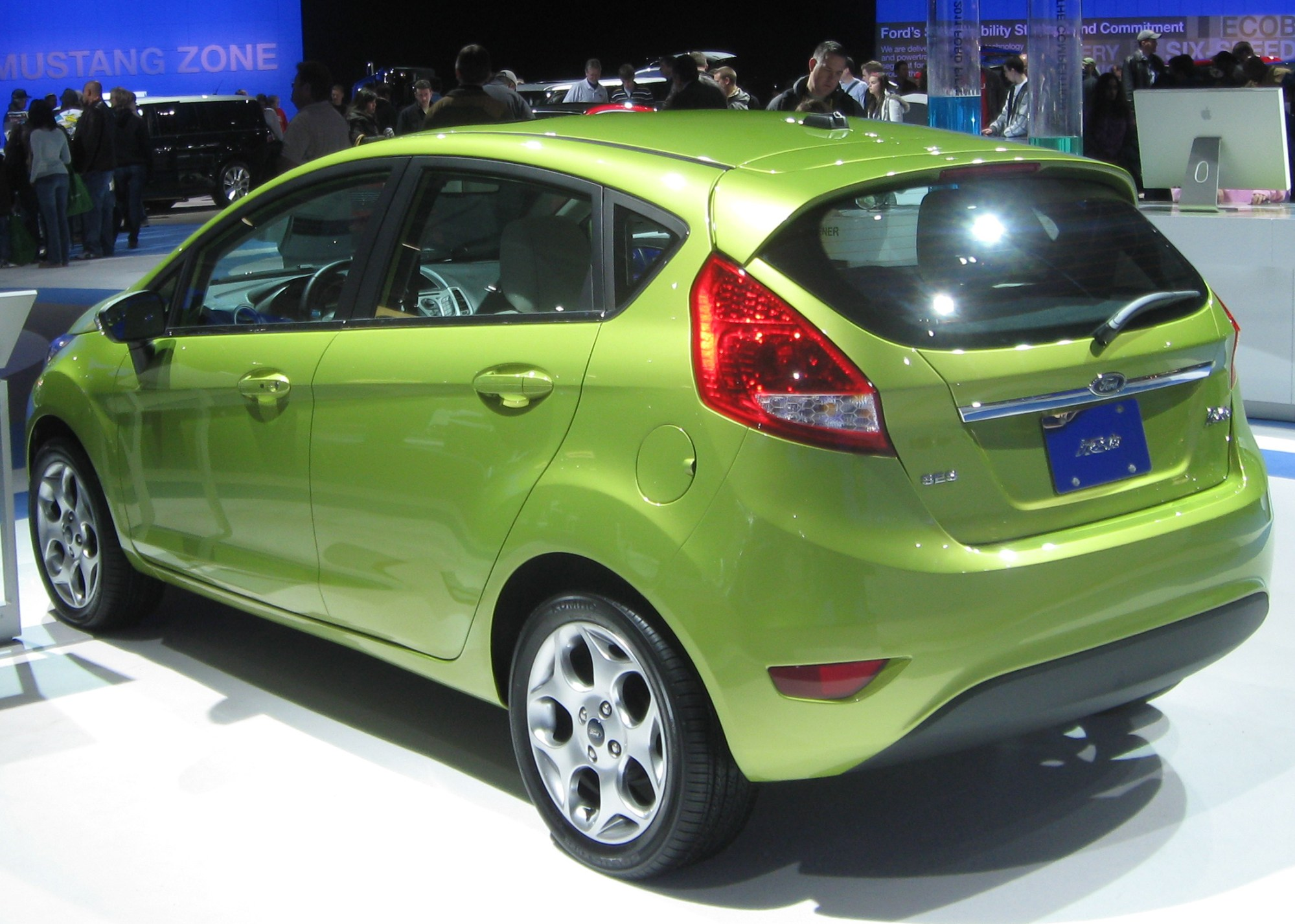 hight resolution of file 2011 ford fiesta ses hatch rear 2010 dc jpg