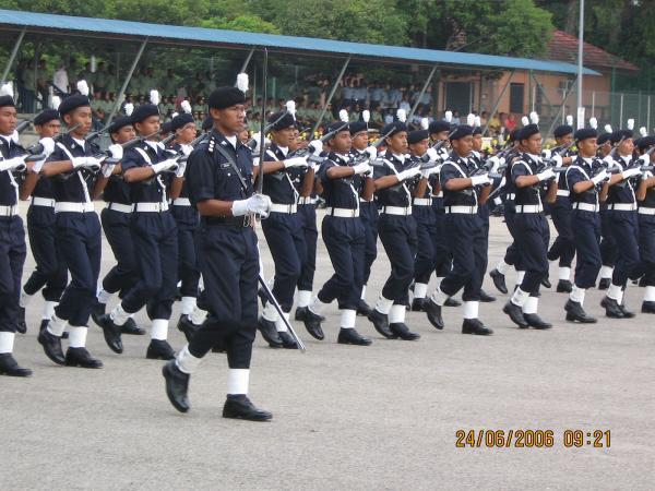suksis-parade-commander