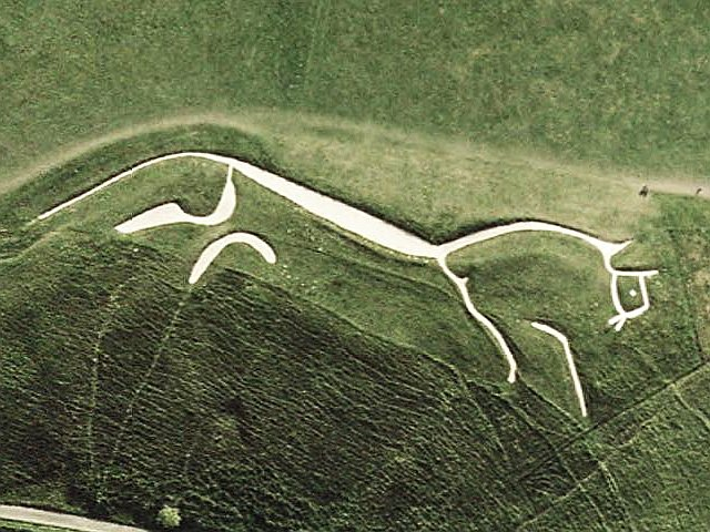 English: Sattelite view of the Uffington White...