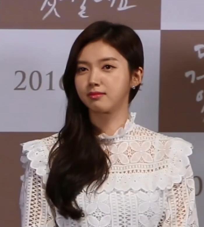 Chae Seo-jin - Wikipedia
