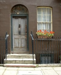 File:Doorway of house in Elder Street, Spitalfields