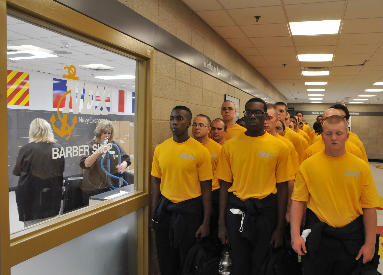 FileUS Navy Recruits Wait To Receive Their First