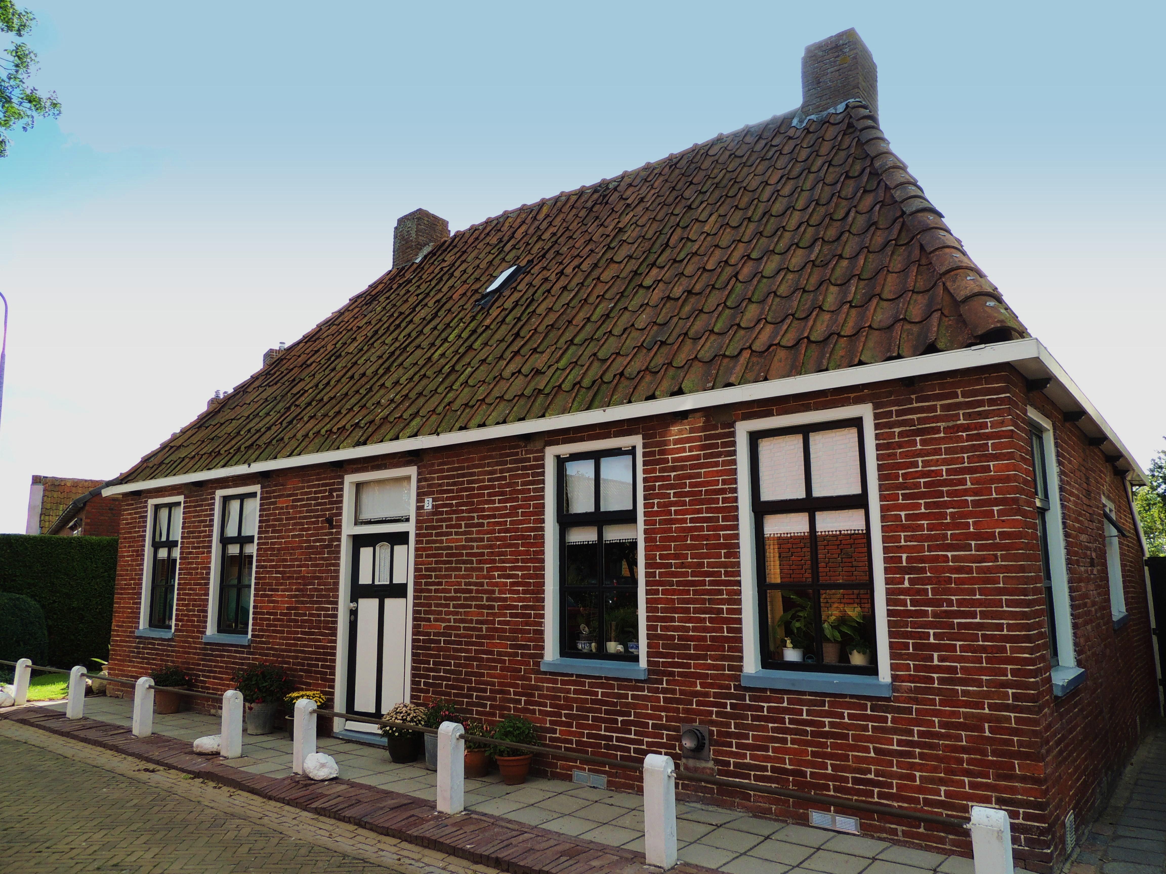 Filehuisje Met Schilddak No 3jpg  Wikimedia Commons