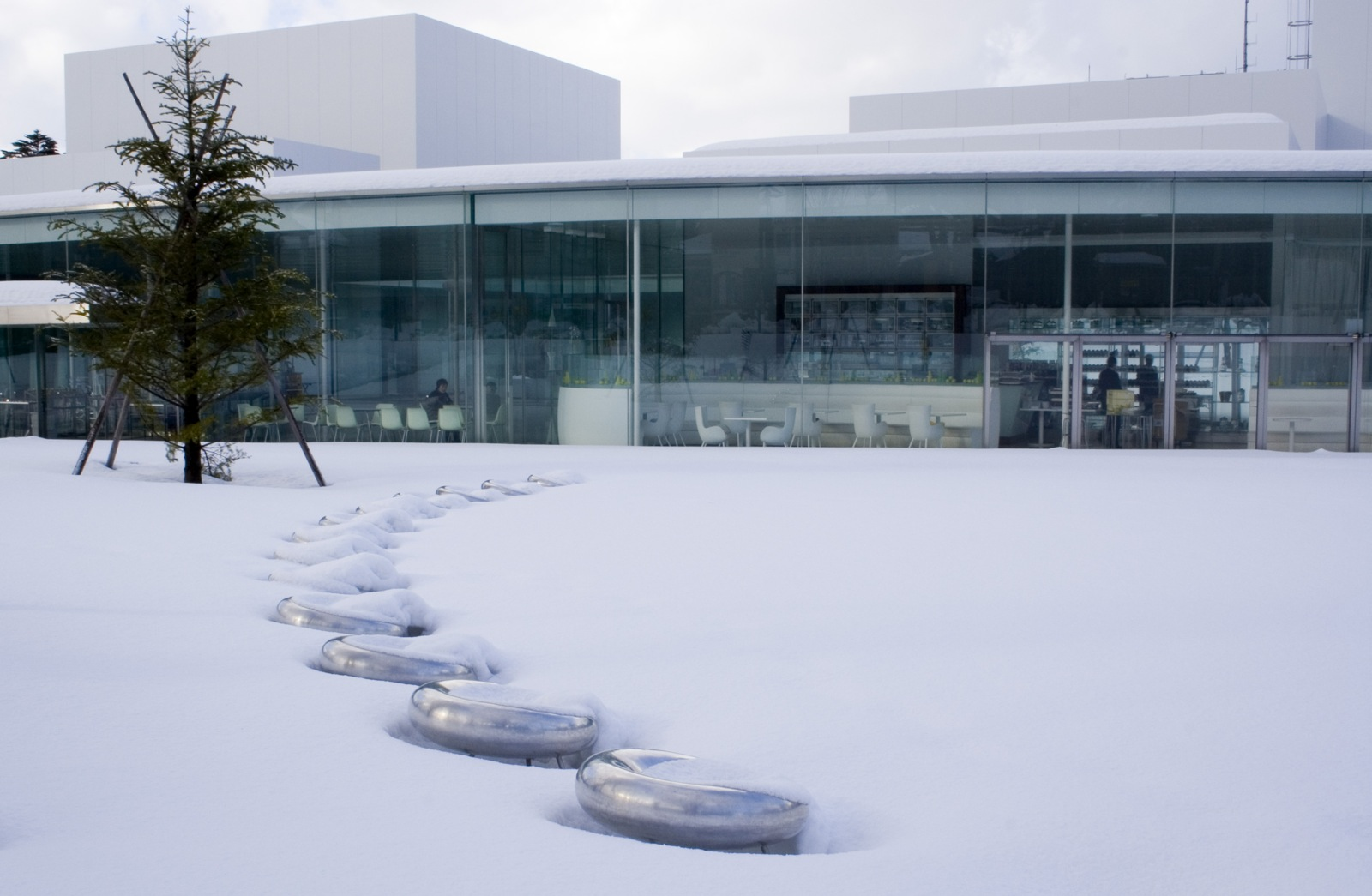 FileOutdoor chairs under snow 21st Century Museum of Contemporary Artjpg  Wikimedia Commons