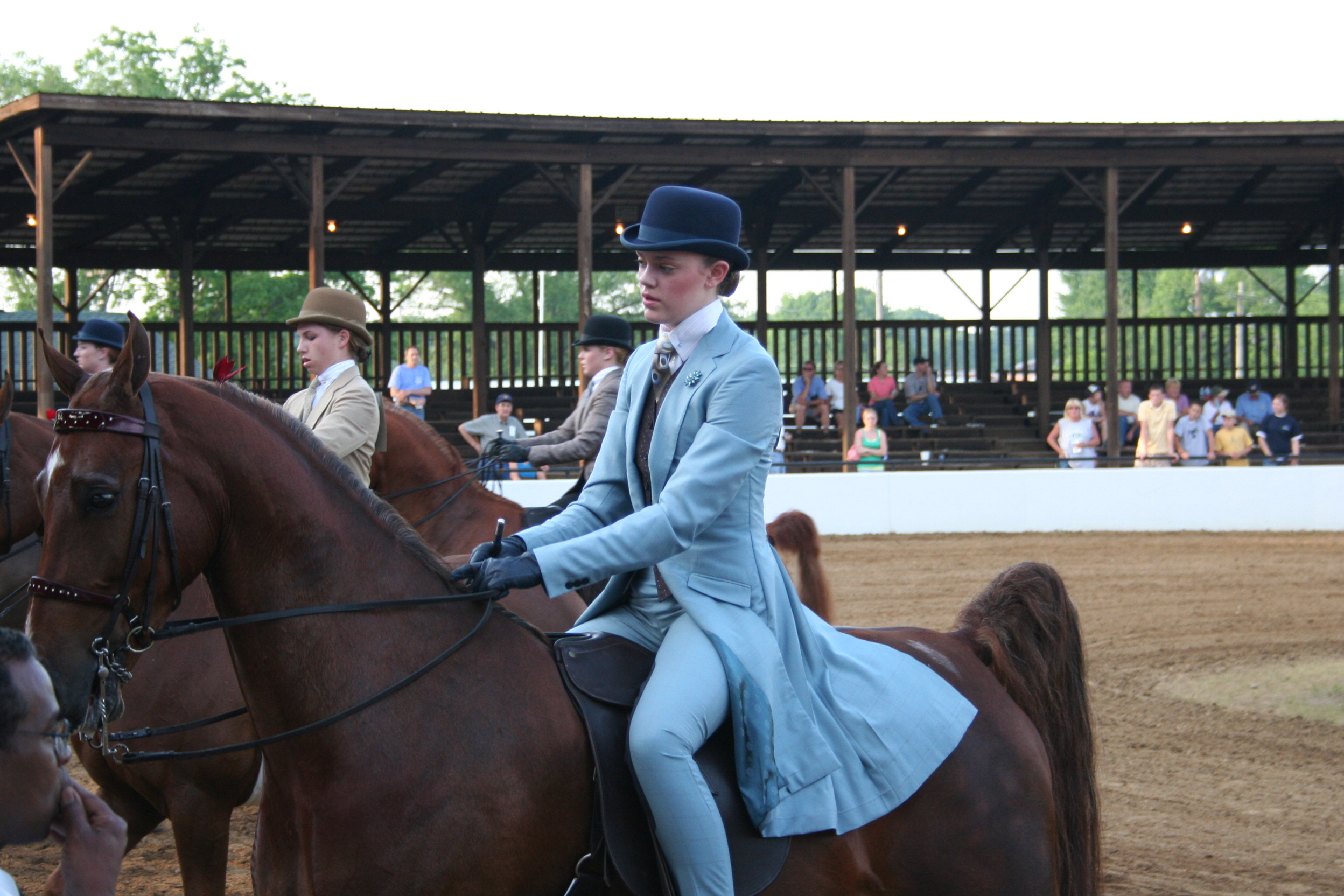 horse saddle seat chair pompanette helm chairs saddleseat riding apparel question yahoo answers