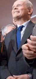 Română: Theodor Stolojan se bucura pentru rezu...