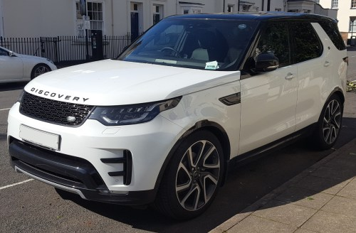 small resolution of 2017 land rover discovery hse td6 automatic front land rover discovery wikipedia 1997 land rover discovery wiring diagram at highcare