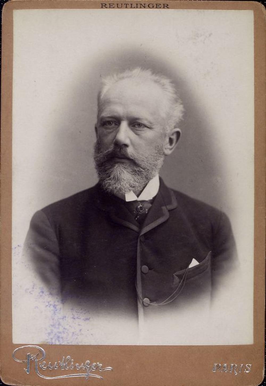 """Tchaikovsky by Reutlinger"" di Emile Reutlinger - NYPL Digital Gallery — Image ID: 1158492. Con licenza Pubblico dominio tramite Wikimedia Commons"