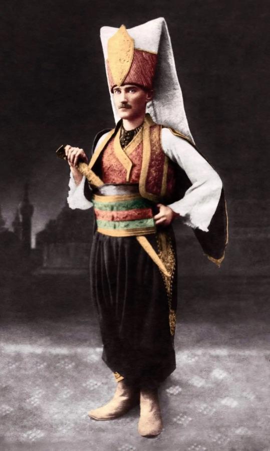 Dosya:Yeniçeri Atatürk.JPG
