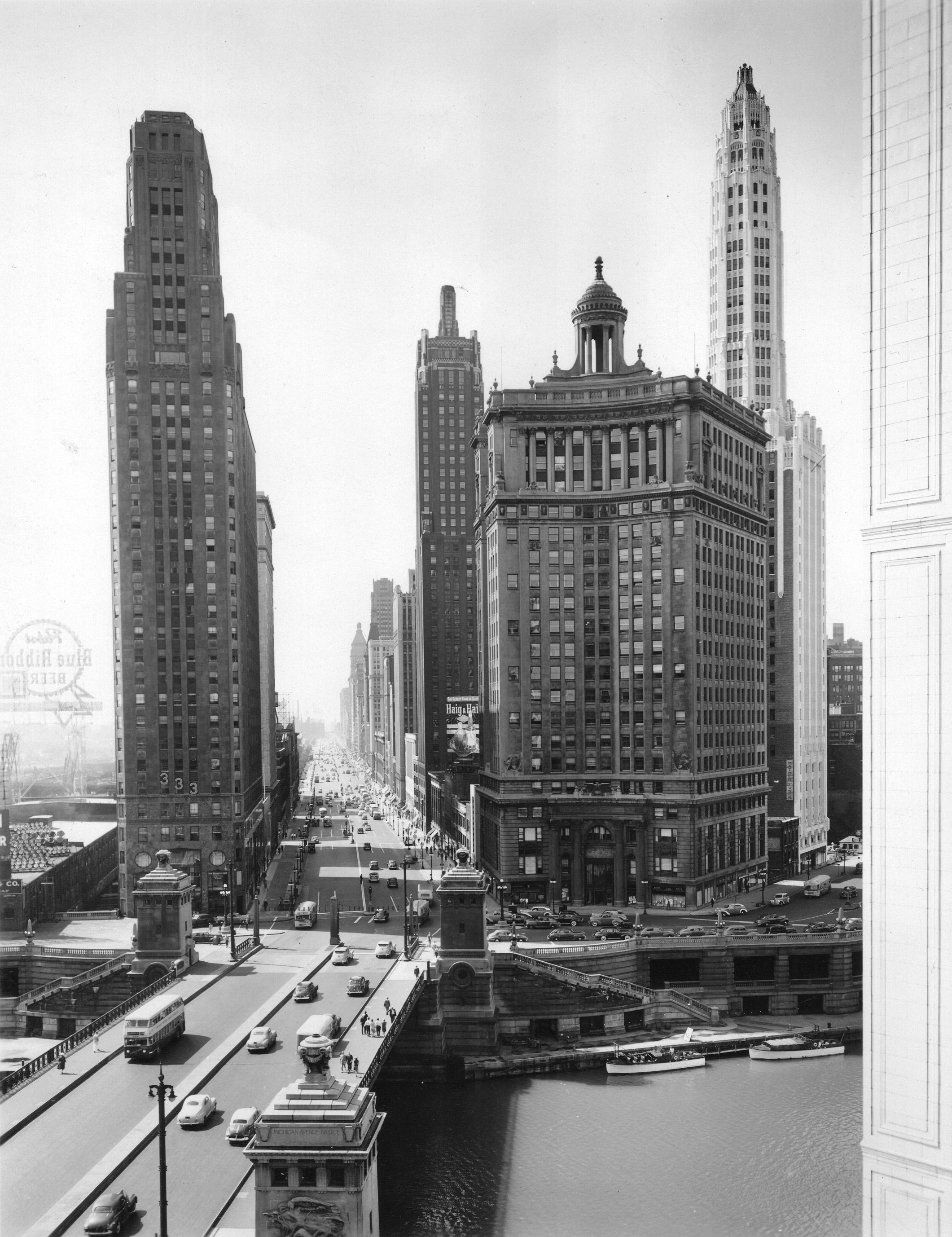 FileMichigan Ave Looking South Chicago 6 20 1945jpg