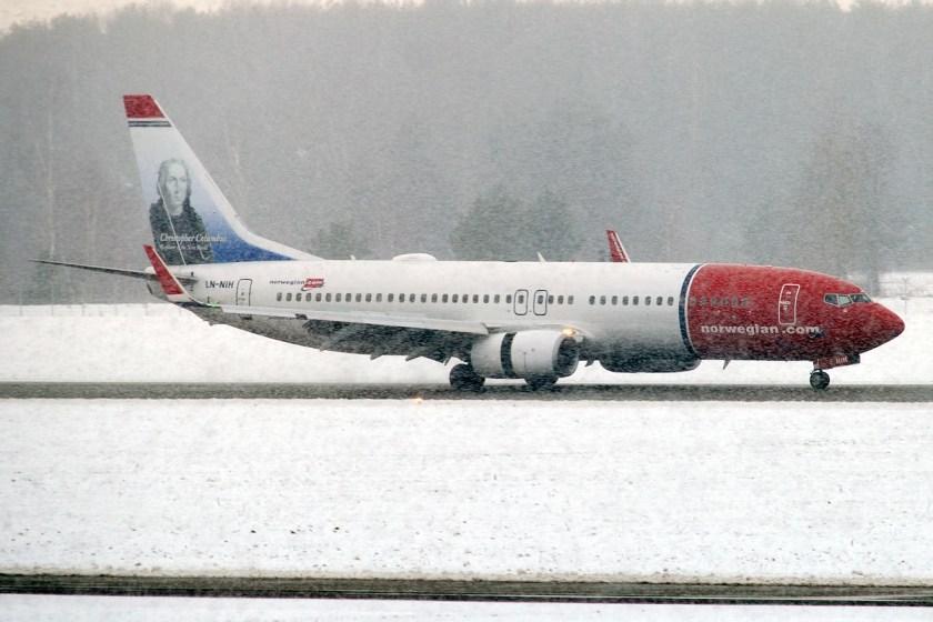 Bildresultat för ln-nih boeing 737-800