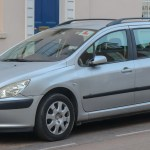 File 2002 Peugeot 307 Sw Lx Hdi 2 0 Front Jpg Wikimedia Commons