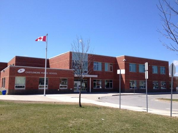 File Castlemore Public School In Markham Ontario- 2014-04