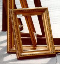 Picture frame - Wikipedia