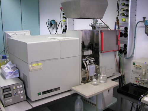 small resolution of atomic absorption spectroscopy