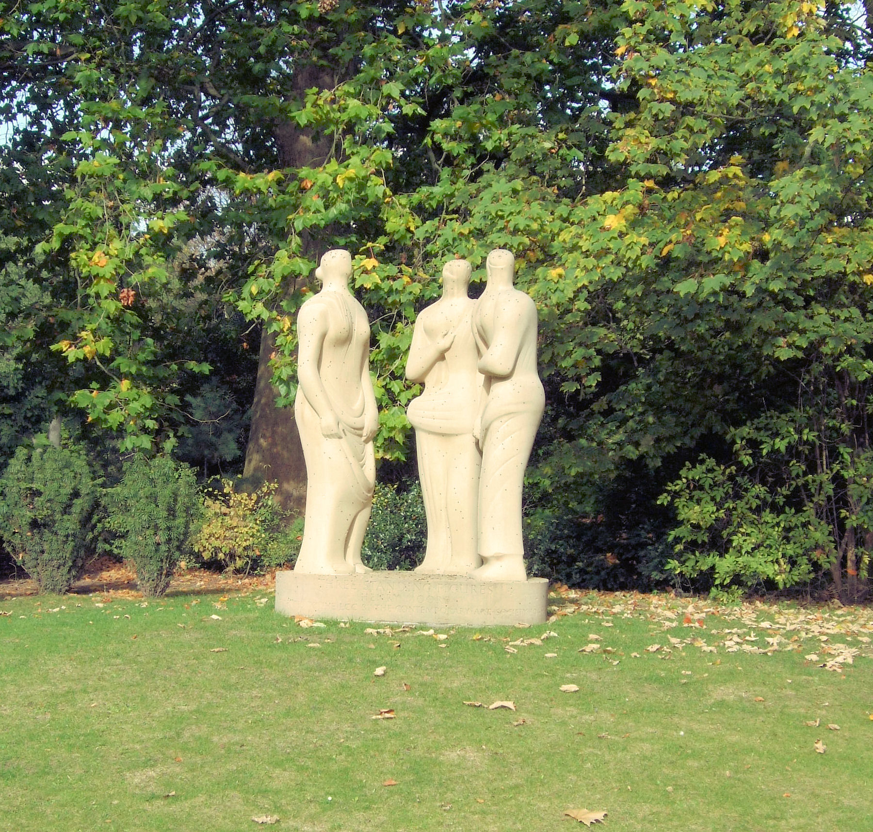 Three Standing Figures by Henry Moore (1947–49...