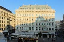 File Wien Hotel - Wikimedia Commons