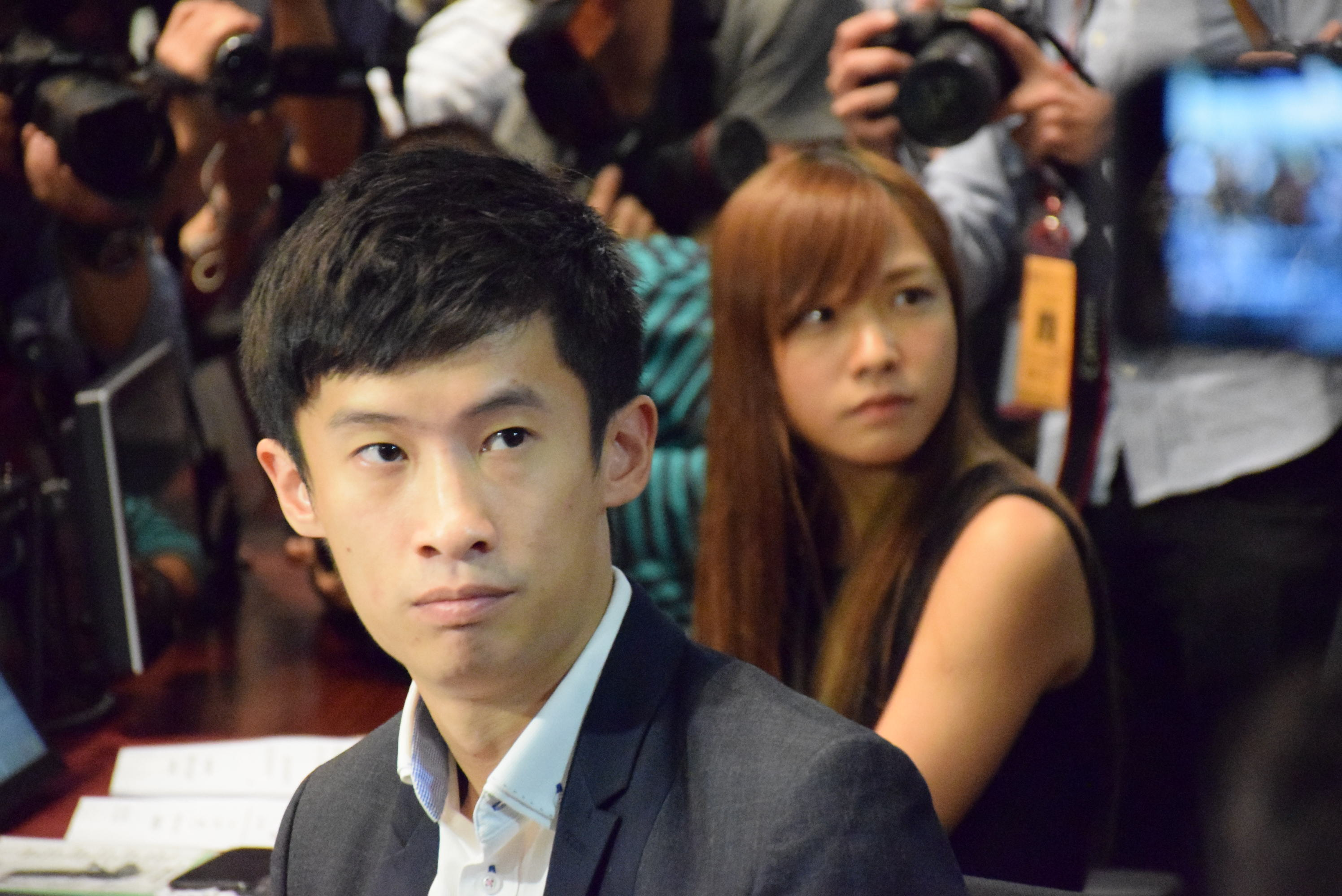 File:梁頌恆及游蕙禎成功進入立法會會議廳.jpg - Wikimedia Commons