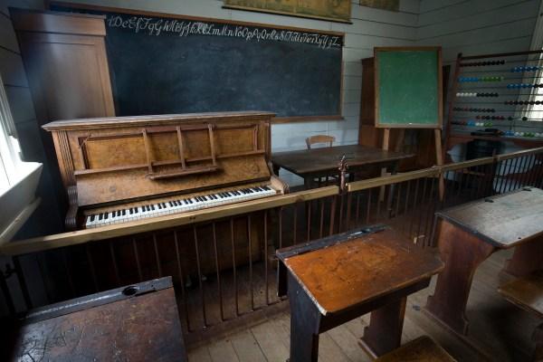 File 19th Century Classroom Auckland