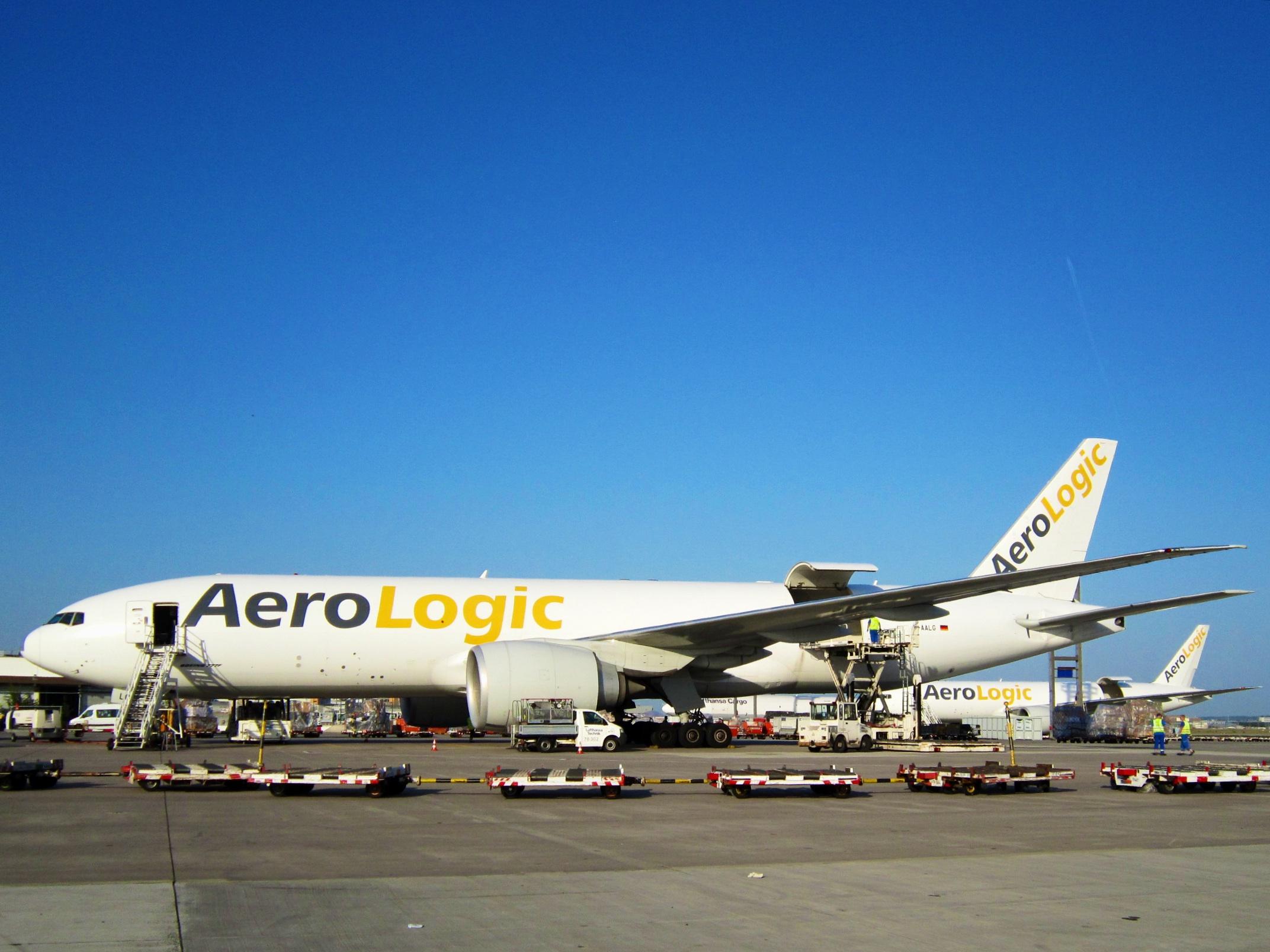 File:AeroLogic. Boeing 777-FZN. D-AALG (14203611787).jpg - Wikimedia Commons